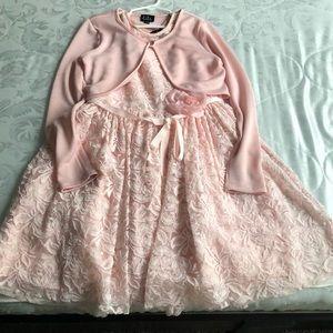 Flower accent lace dress 🌸🌺